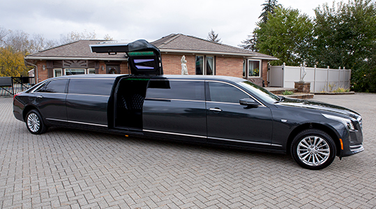 Black Lincoln Limo